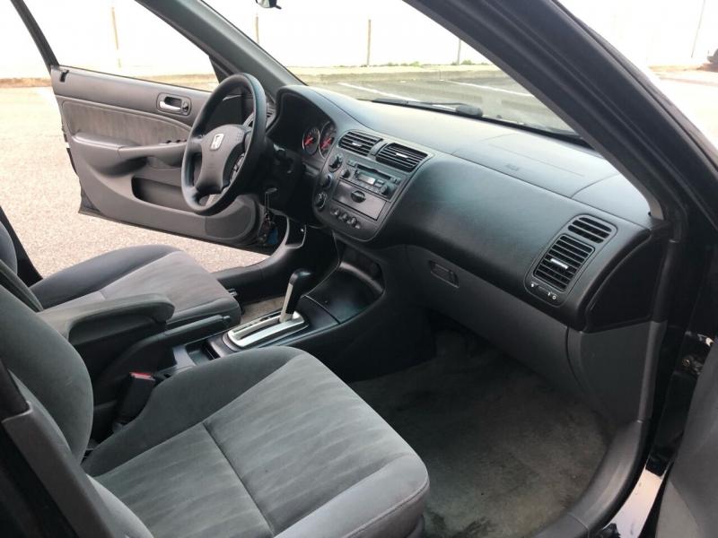 Honda Civic 2005 price $3,600