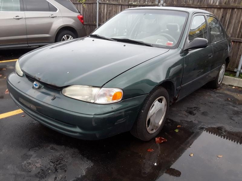 Chevrolet Prizm 2002 price $900