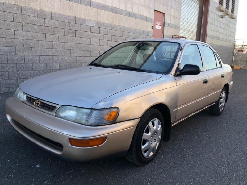 Toyota Corolla 1997 price $2,650