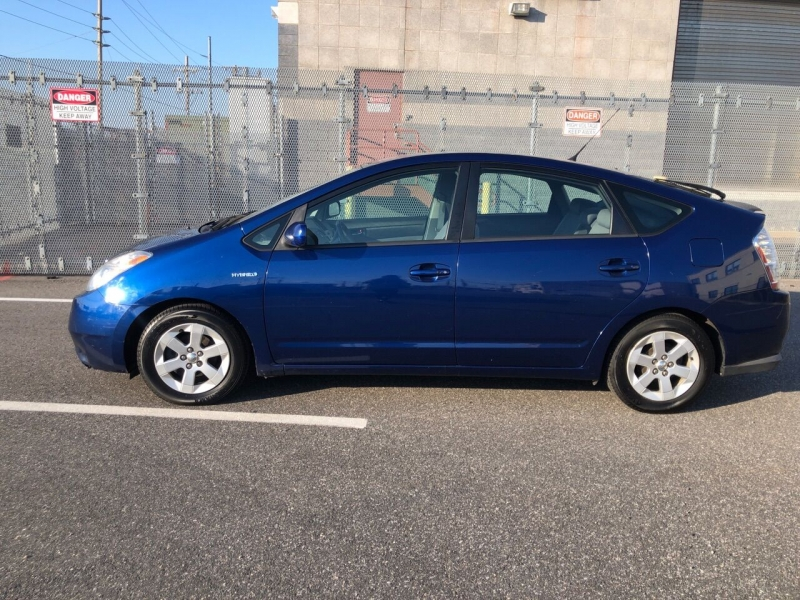 Toyota Prius 2009 price $4,750
