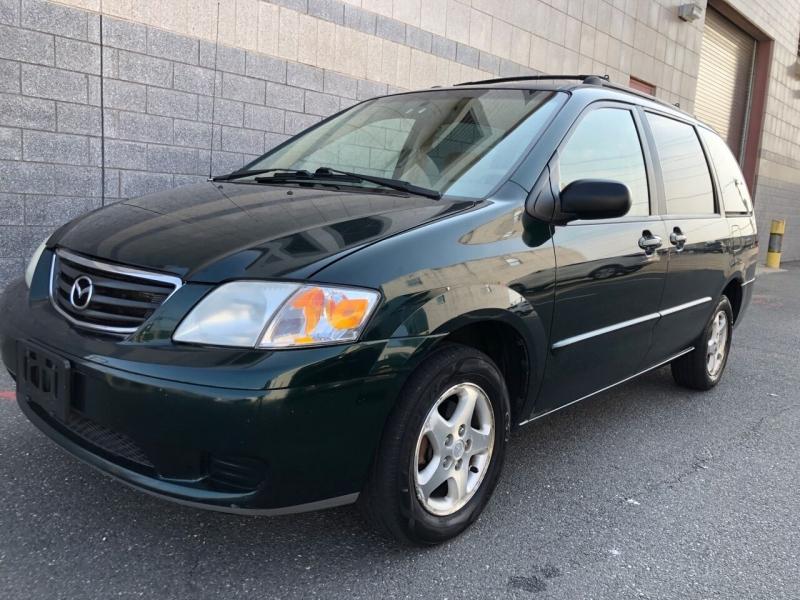 Mazda MPV 2001 price $2,800