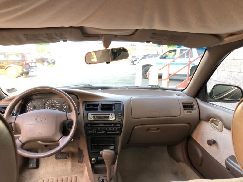 Toyota Corolla 1996 price $2,200