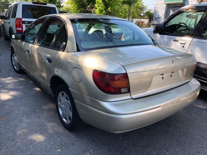 Saturn S-Series 2001 price $2,100