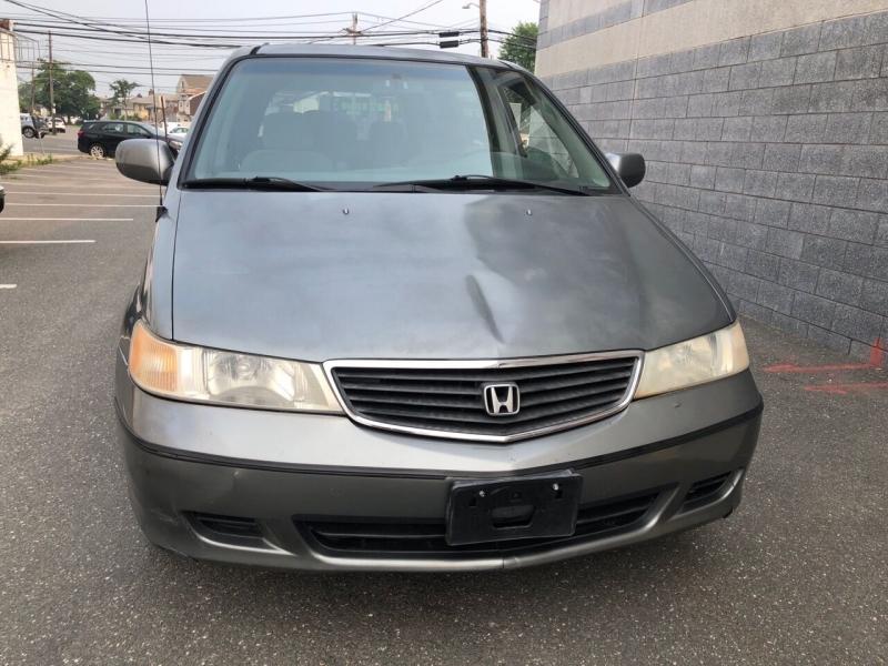 Honda Odyssey 2001 price $2,450