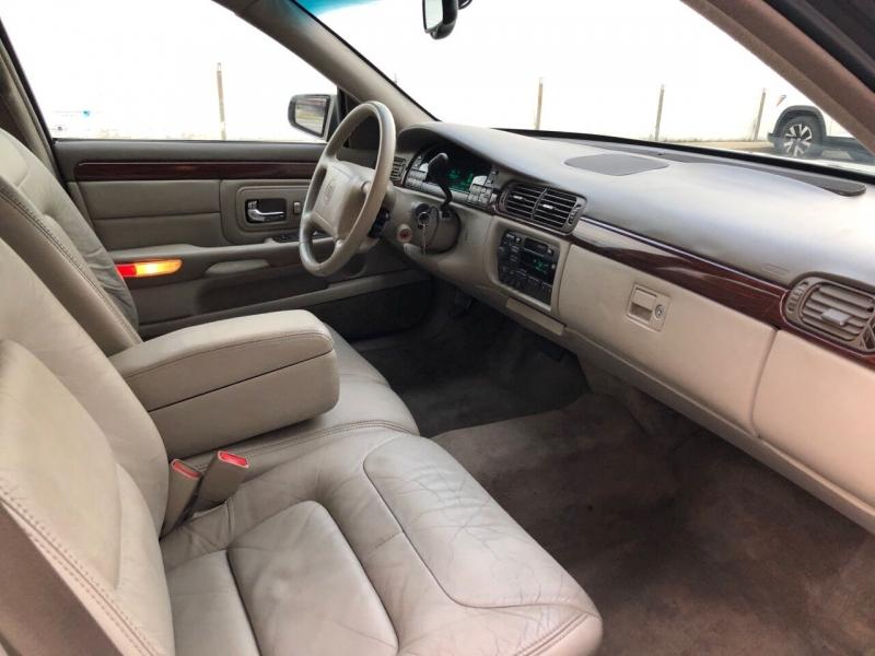 Cadillac DeVille 1998 price $3,400