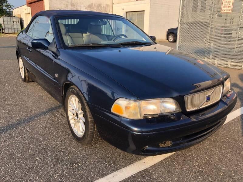 Volvo C70 2000 price $2,900