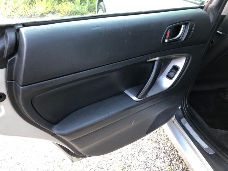 Subaru Legacy 2005 price $4,400