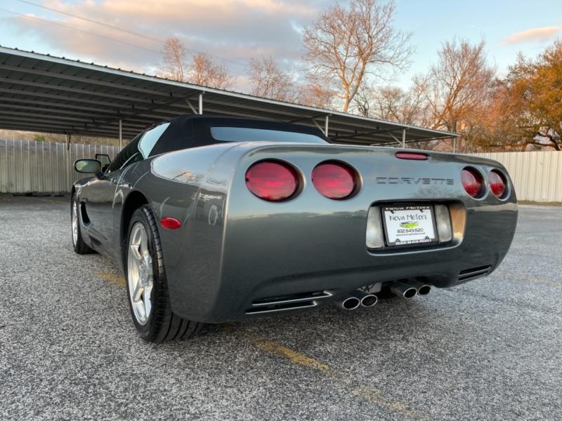 Chevrolet Corvette 2004 price $15,990