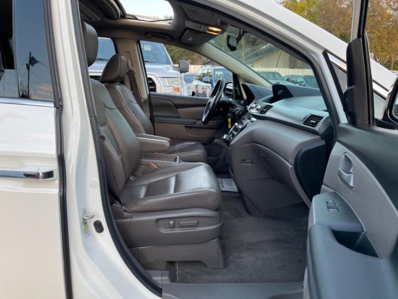 Honda Odyssey 2012 price $10,990