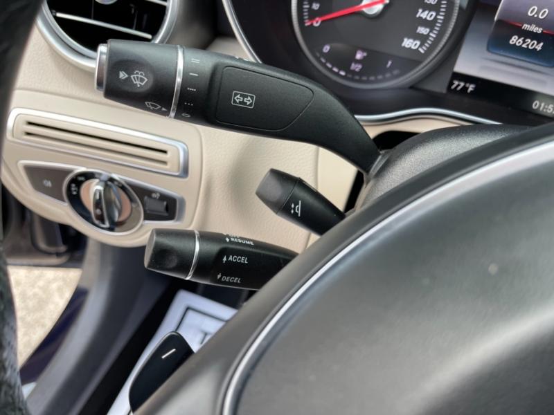 Mercedes-Benz C-Class 2016 price $17,990