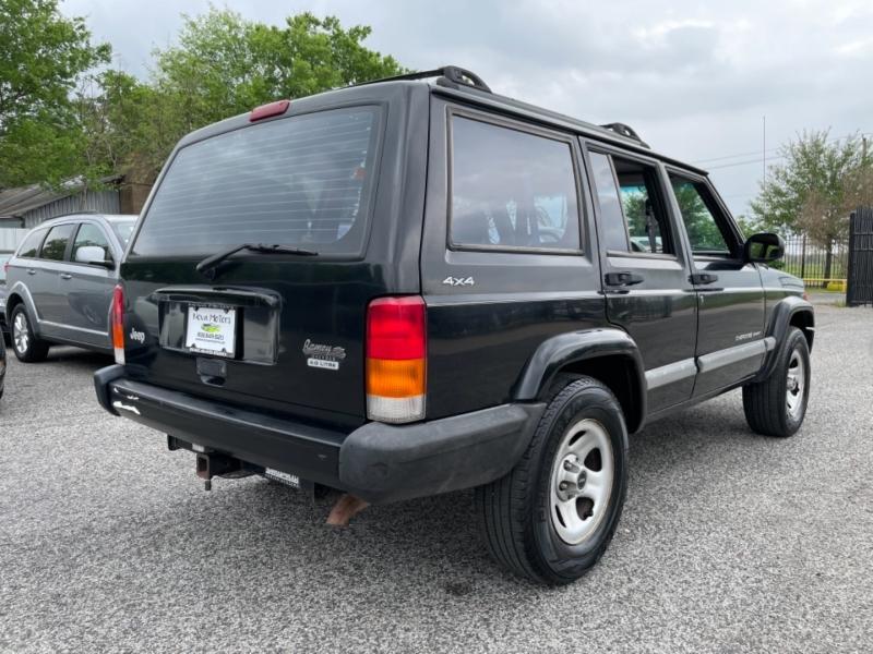 Jeep Cherokee 2001 price $8,990