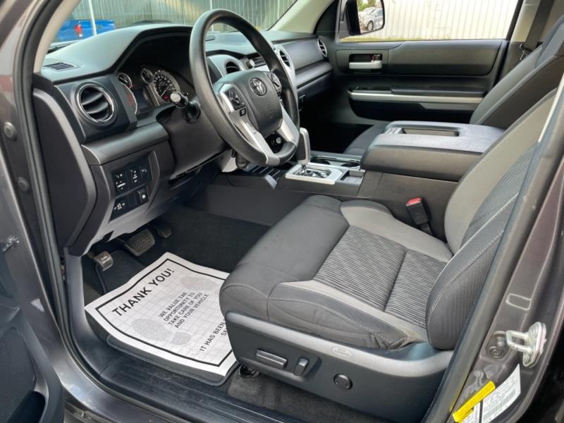 Toyota Tundra 4WD Truck 2015 price $34,990