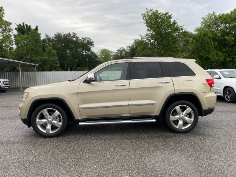 Jeep Grand Cherokee 2011 price $12,990