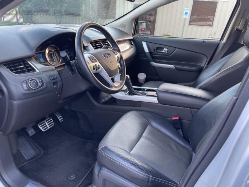 Ford Edge 2013 price $11,990