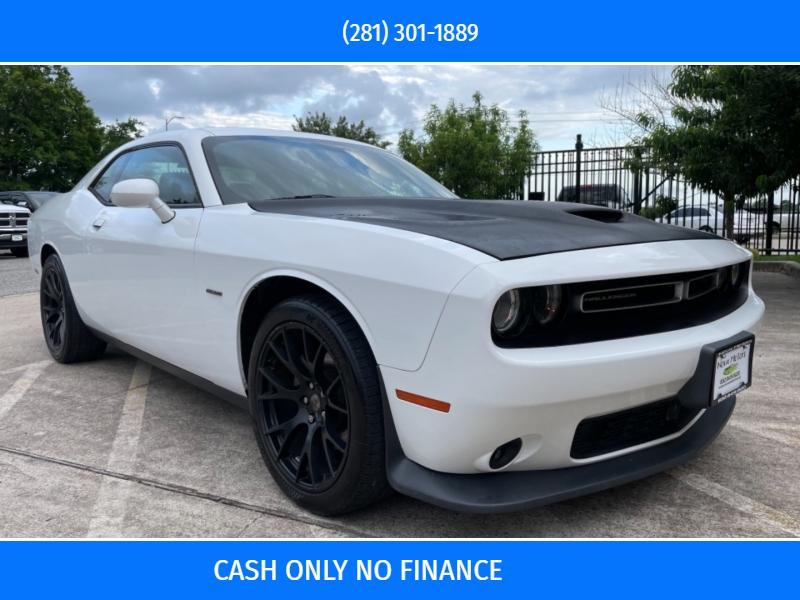 Dodge Challenger 2015 price $16,990