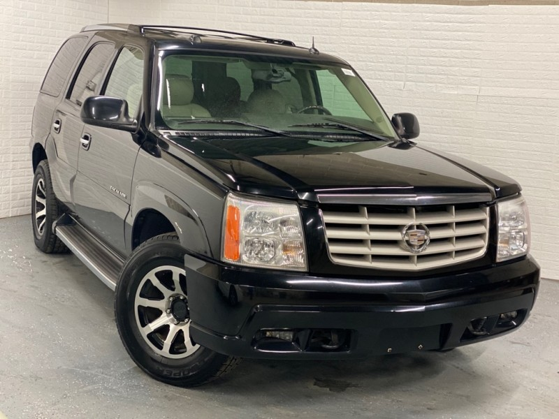 CADILLAC ESCALADE 2005 price $3,999