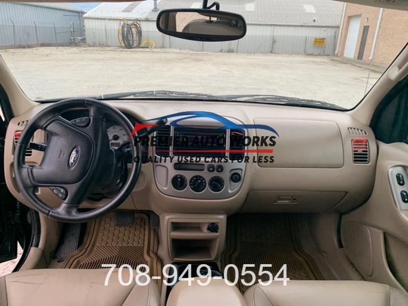 FORD ESCAPE 2004 price $2,999