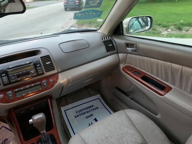 TOYOTA CAMRY 2002 price $3,999