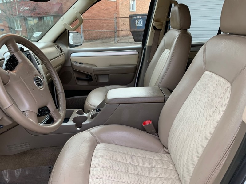 MERCURY MOUNTAINEER 2004 price $3,999