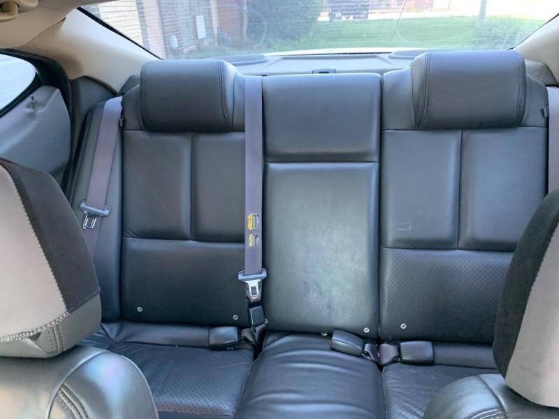 PONTIAC GRAND PRIX 2004 price $3,999
