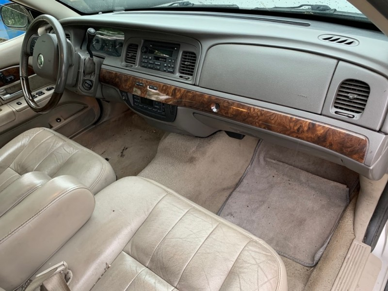 MERCURY GRAND MARQUIS 2008 price $3,999