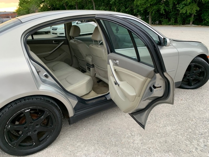 INFINITI G35 2003 price $4,499