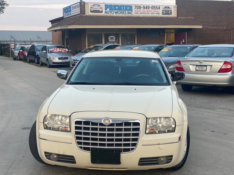 CHRYSLER 300 2010 price $5,999