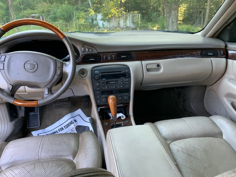 Cadillac Seville 2002 price $2,999