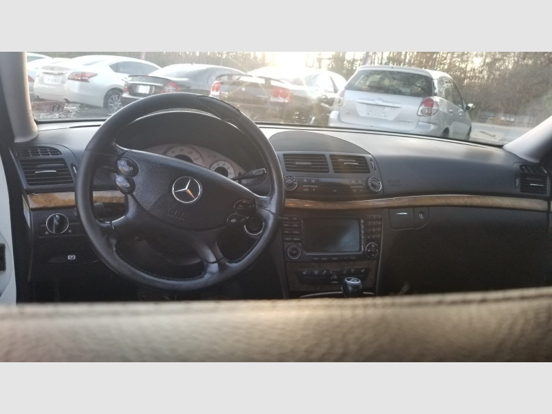 Mercedes-Benz E-Class 2007 price $4,999