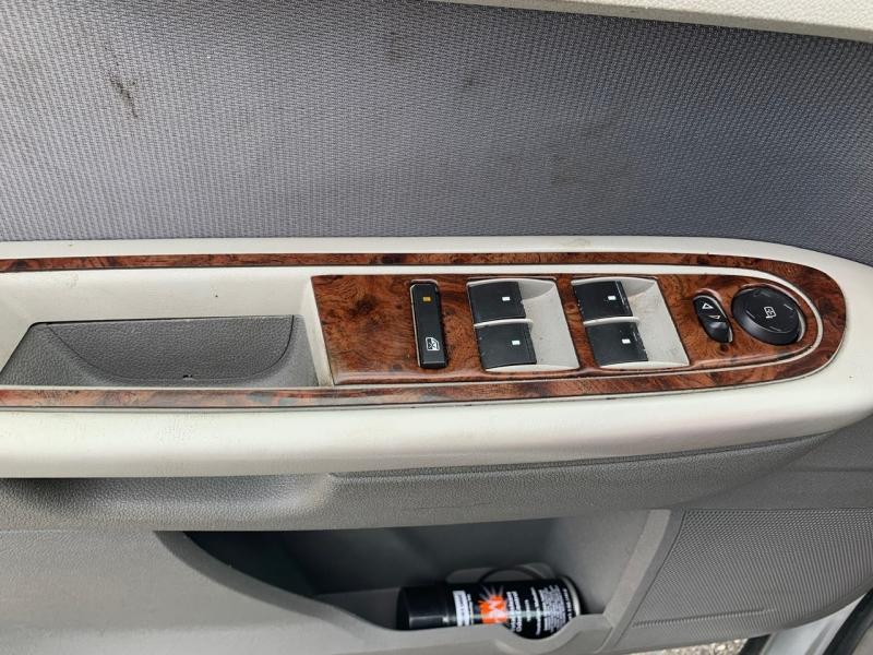 Chevrolet Traverse 2010 price $4,999