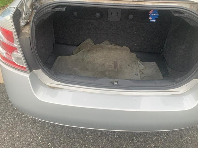 Nissan Sentra 2009 price $4,499