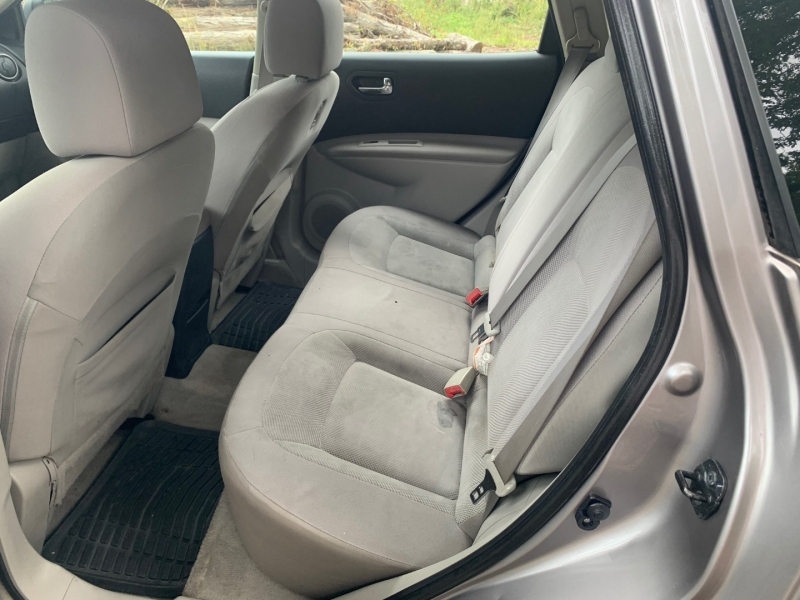 Nissan Rogue 2011 price $4,999
