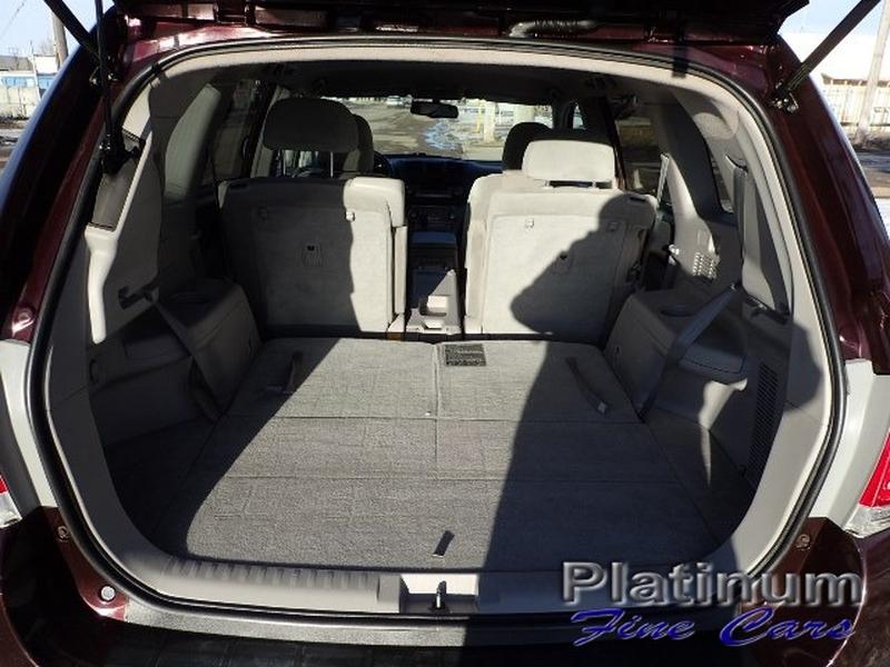 Toyota Highlander 2011 price $14,500
