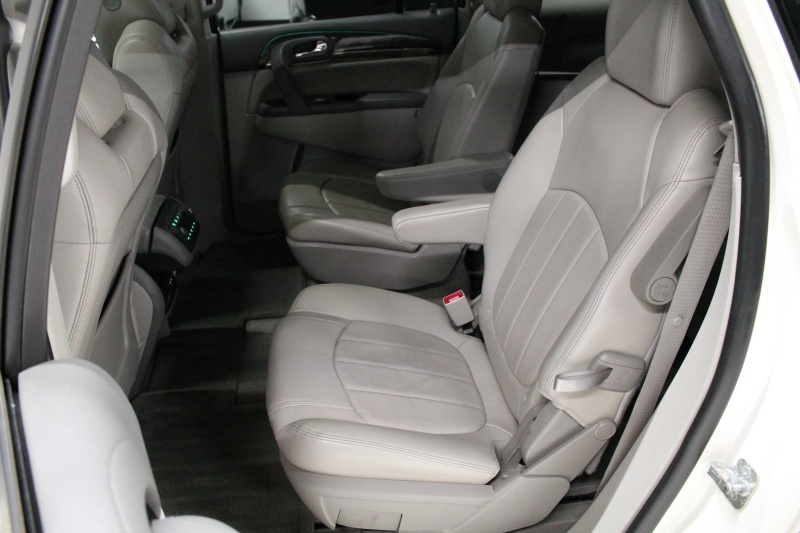 Buick Enclave 2015 price $12,950