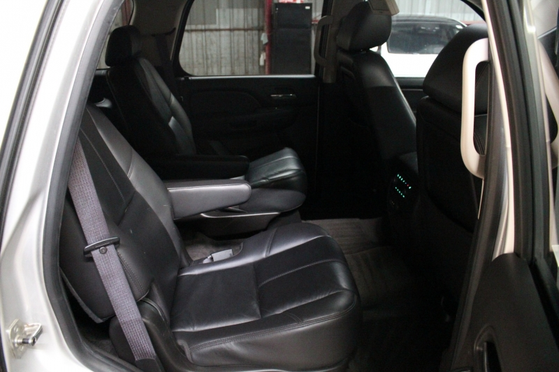 Chevrolet Tahoe 2010 price $15,500
