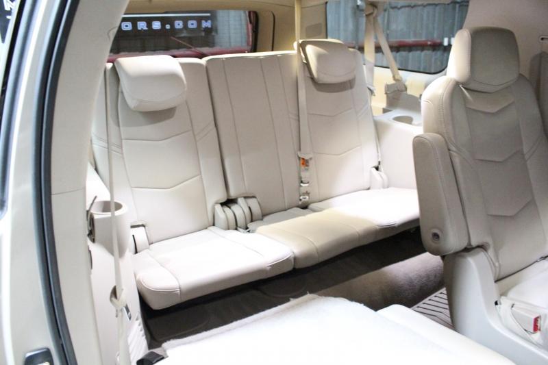 Cadillac Escalade ESV 2015 price $39,950