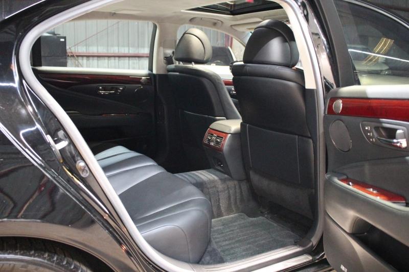 Lexus LS 460 2007 price $16,950