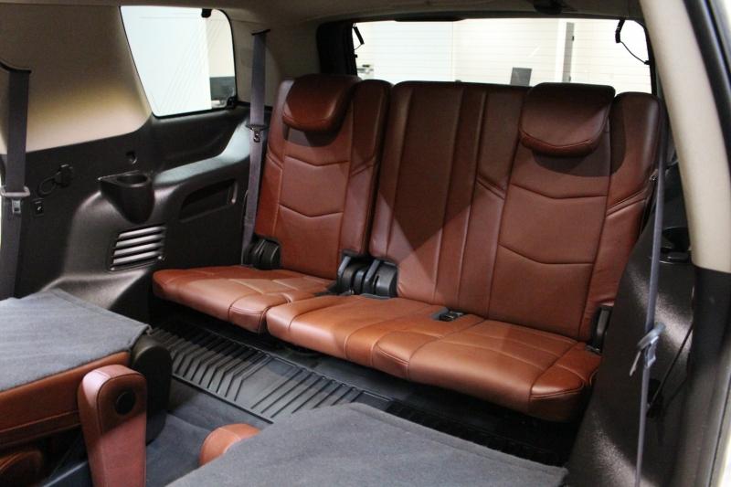 Cadillac Escalade 2016 price $44,950