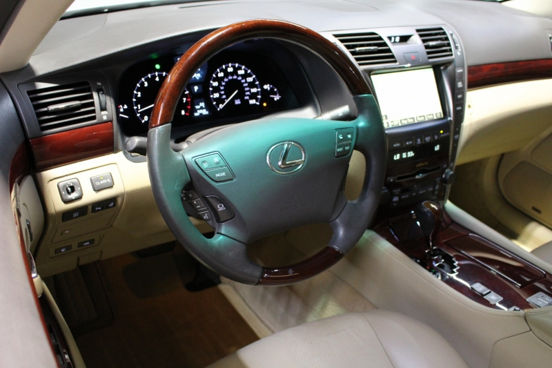 Lexus LS 460 2008 price $15,950