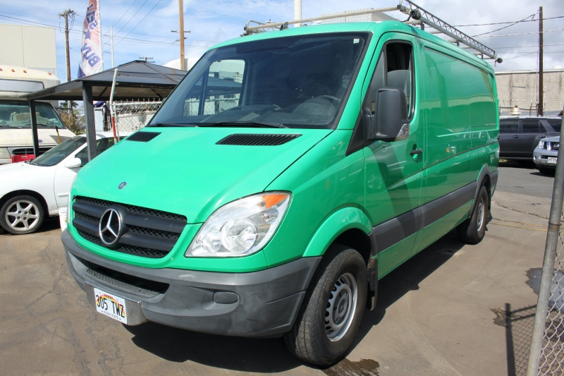 Mercedes-Benz Sprinter Diesel Cargo Van 42Km 2011 price