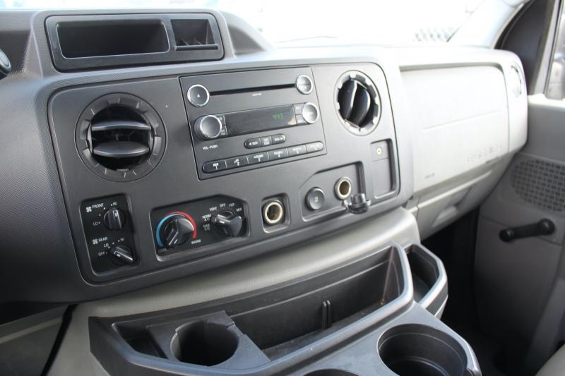 Ford Econoline Wagon 2010 price $15,999