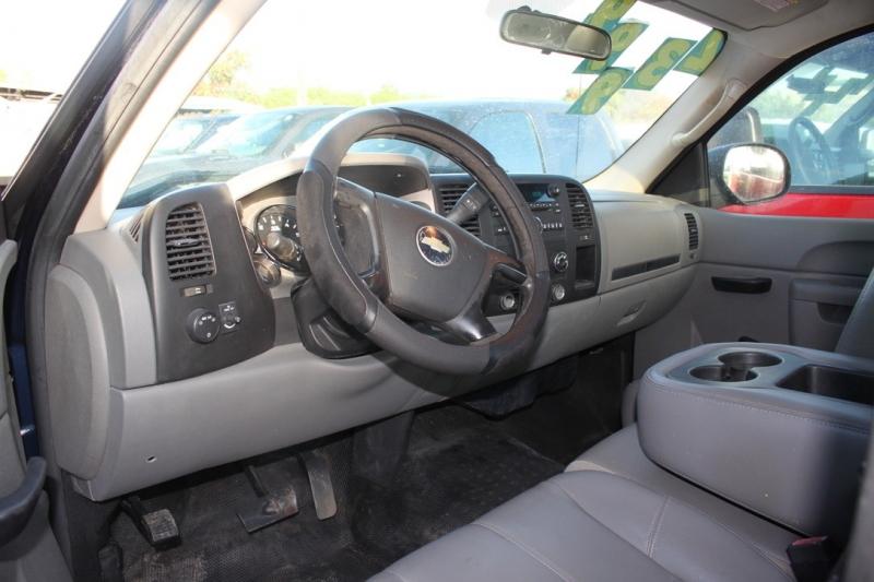Chevrolet Silverado 2500HD 44Km Utility Box 2010 price