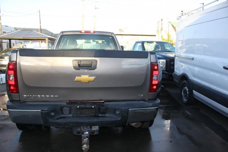 Chevrolet Silverado 3500HD 4WD/28Km/Dually real wheels 2012 price