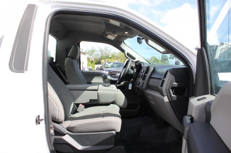 Ford Super Duty F-550 XL/BoxTruck/Lift Gate/Reg Cab/ 2017 price