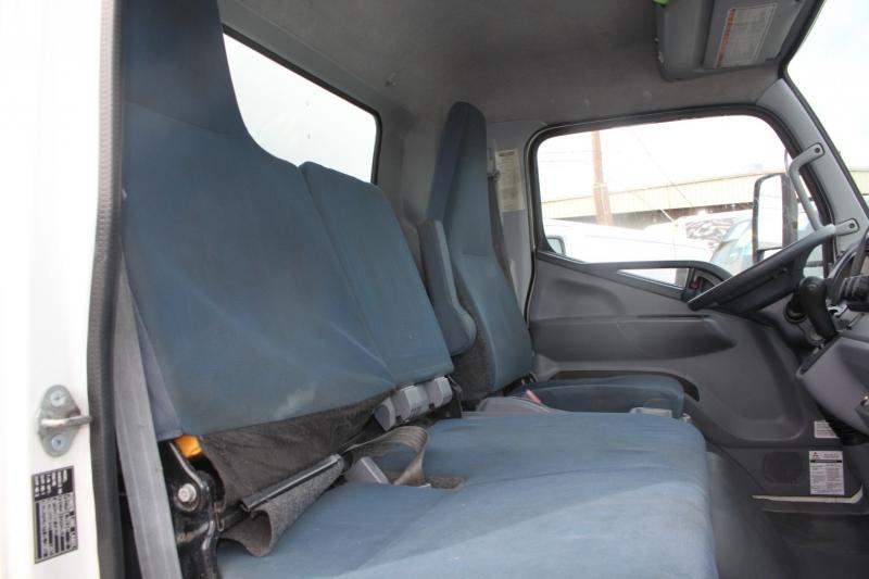 Mitsubishi FEC925 Box Truck ,Lift Gate 2014 price