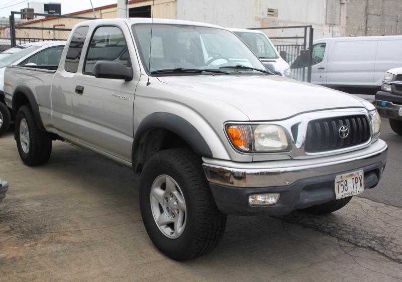 Toyota Tacoma 2002 price $16,999