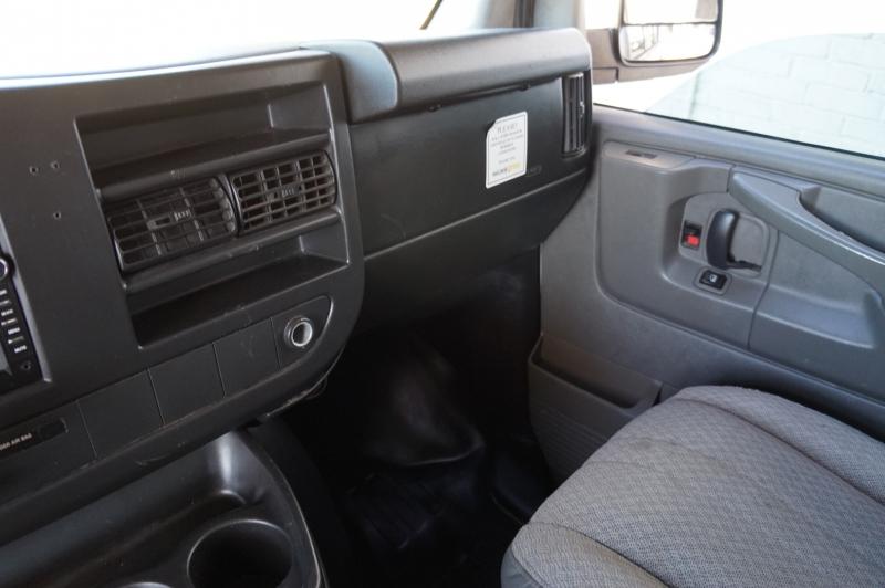Chevrolet Express 1500 2011 price $9,900