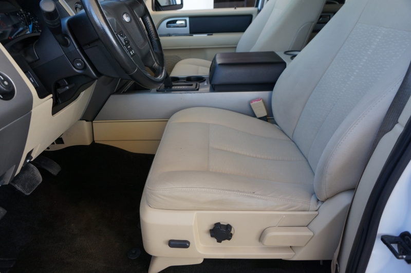 Ford Expedition 2015 price $14,900