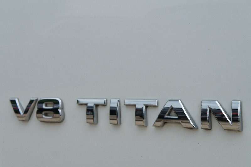 Nissan Titan 2015 price $13,900