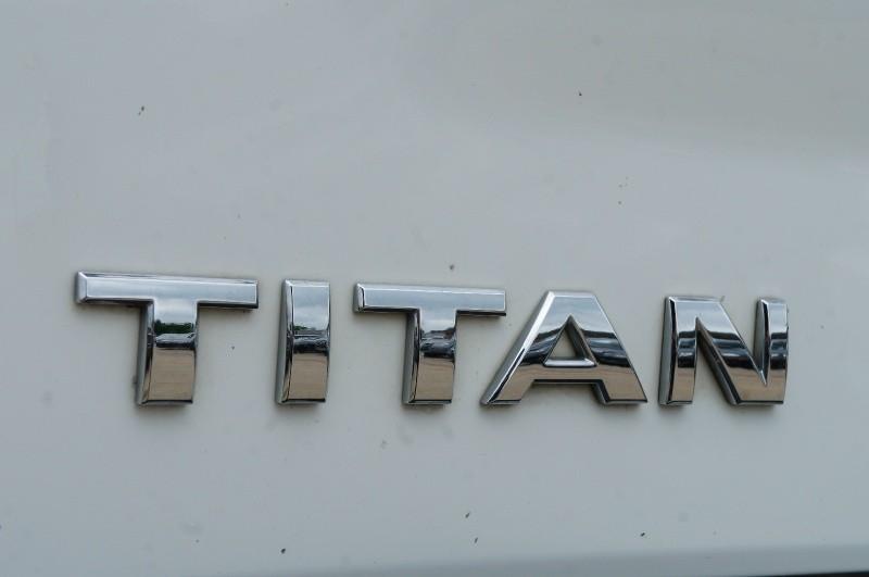 Nissan Titan 2015 price $11,750